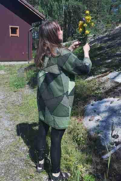 Kolmiot vihreä pellavatunika